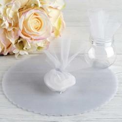 Risposer bryllup tyl cirkel hvid borddækning