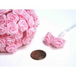 Båndroser på stilk lyserød