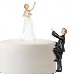 Topfigur brudepar klatre
