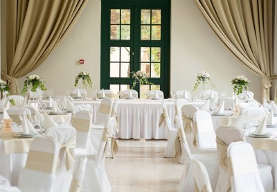 Køb stolesløjfer, stort udvalg af stolesløjfer til bryllup og fest