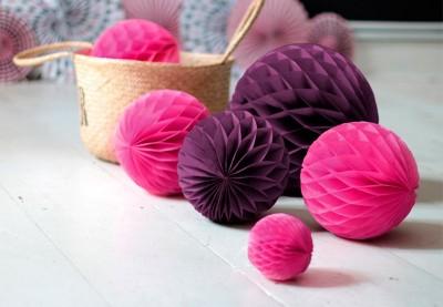 Honeycomb papirbolde til festlokalet