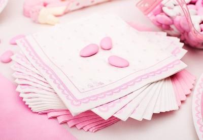 Prikker lyserød barnedåb